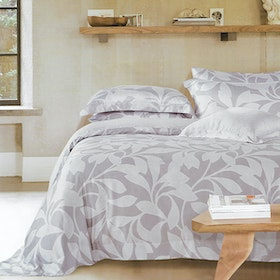 Sleep Buddy Set Sprei dan Bed Cover Leaf Silhoutte Organic Cotton 120x200x30