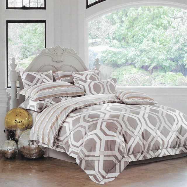 Sleep Buddy Set Sprei dan bed cover Spoiler Line Cotton Sateen 160x200x30