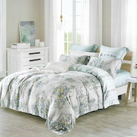 Sleep Buddy Set Sprei dan Bed Cover Classic Flower Organic Cotton 120x200x30
