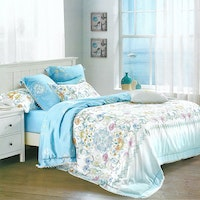 Sleep Buddy Set Sprei dan Bed Cover Blue Butter Organic Cotton 120x200x30
