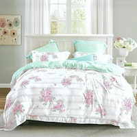 Sleep Buddy Set Sprei dan Bed Cover Flower Chic Organic Cotton 160x200x30