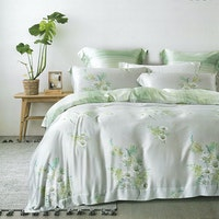 Sleep Buddy Set Sprei dan Bed Cover Breeze Organic Cotton 160x200x30