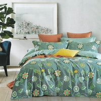 Sleep Buddy Set Sprei dan bed cover Green Berry Cotton Sateen 160x200x30