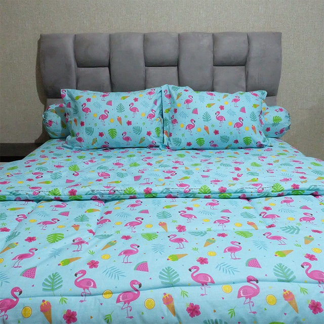 Sleep Buddy Set Sprei dan bed cover Blue Flamingo CVC 120x200x30