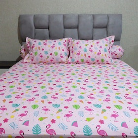 Sleep Buddy Set Sprei dan bed cover Pink Flamingo CVC 120x200x30