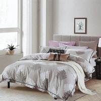 Sleep Buddy Set Sprei dan bed cover Simply Cotton Sateen 200x200x30