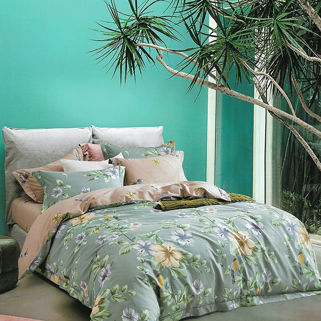 Sleep Buddy Set Sprei dan bed cover First Dale Cotton Sateen 200x200x30