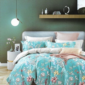 Sleep Buddy Set Sprei dan bed cover Foralis Cotton Sateen 180x200x30