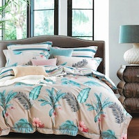 Sleep Buddy Set Sprei dan bed cover Heart Lea Cotton Sateen 180x200x30