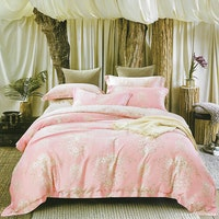 Sleep Buddy Set Sprei dan bed cover Pinky Silk Organic Cotton 180x200x30