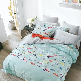 Sleep Buddy Set Sprei dan Bed Cover Blue Racing Cotton Sateen 180x200x30