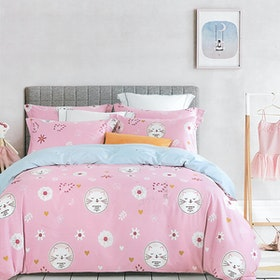 Sleep Buddy Set Sprei dan bed cover Cute Cat Cotton Sateen 180x200x30