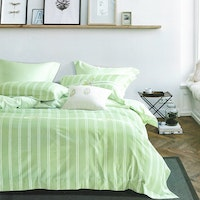 Sleep Buddy Set Sprei dan bed cover Green Small Flamingo Cotton Sateen 160x200x30