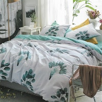 Sleep Buddy Set Sprei dan Bed Cover Philodendron Cotton Sateen 180x200x30