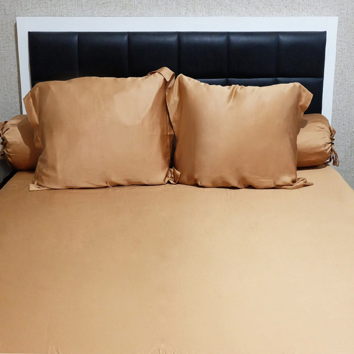 Sleep Buddy Set Sprei Plain Mocca Sutra Tencel 160x200x40