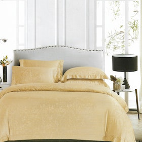 Sleep Buddy Sleep Buddy Set Sprei dan Bed Cover Moss Creme Jacquard Tencel 200x200x40