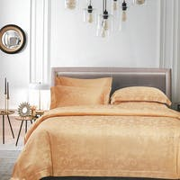 Sleep Buddy Sleep Buddy Set Sprei dan Bed Cover Garlos Light Gold Jacquard Tencel 160x200x40