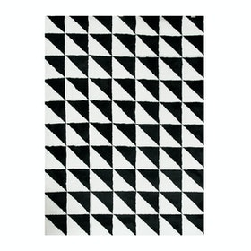 Vision Pop Triangle 180 x 270 cm Black