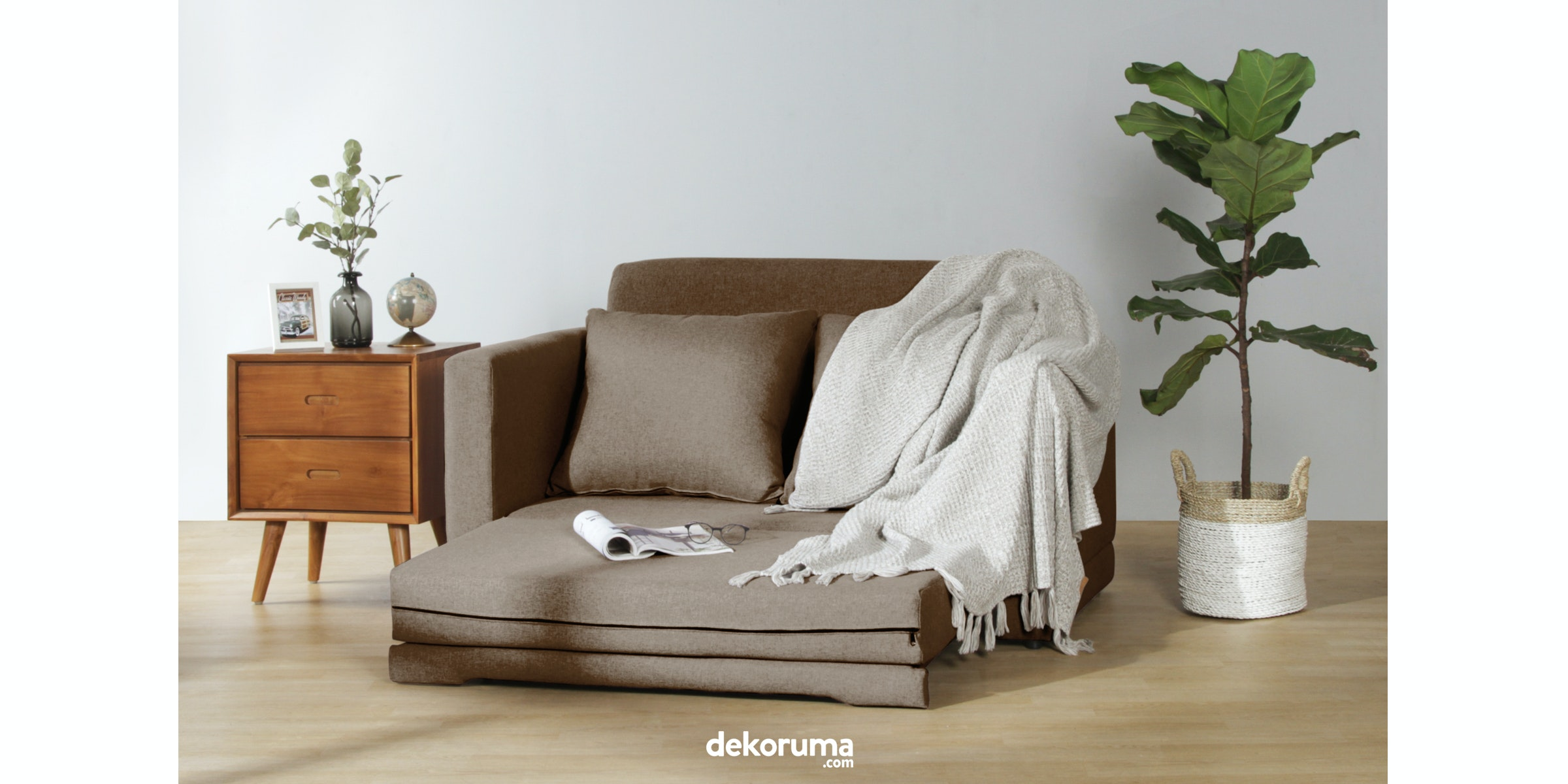 Voda Collection Fernando Sofa Bed Cokelat Walnut