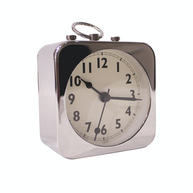 Vivere Desk Clock Vienna Chrome 8.5cm