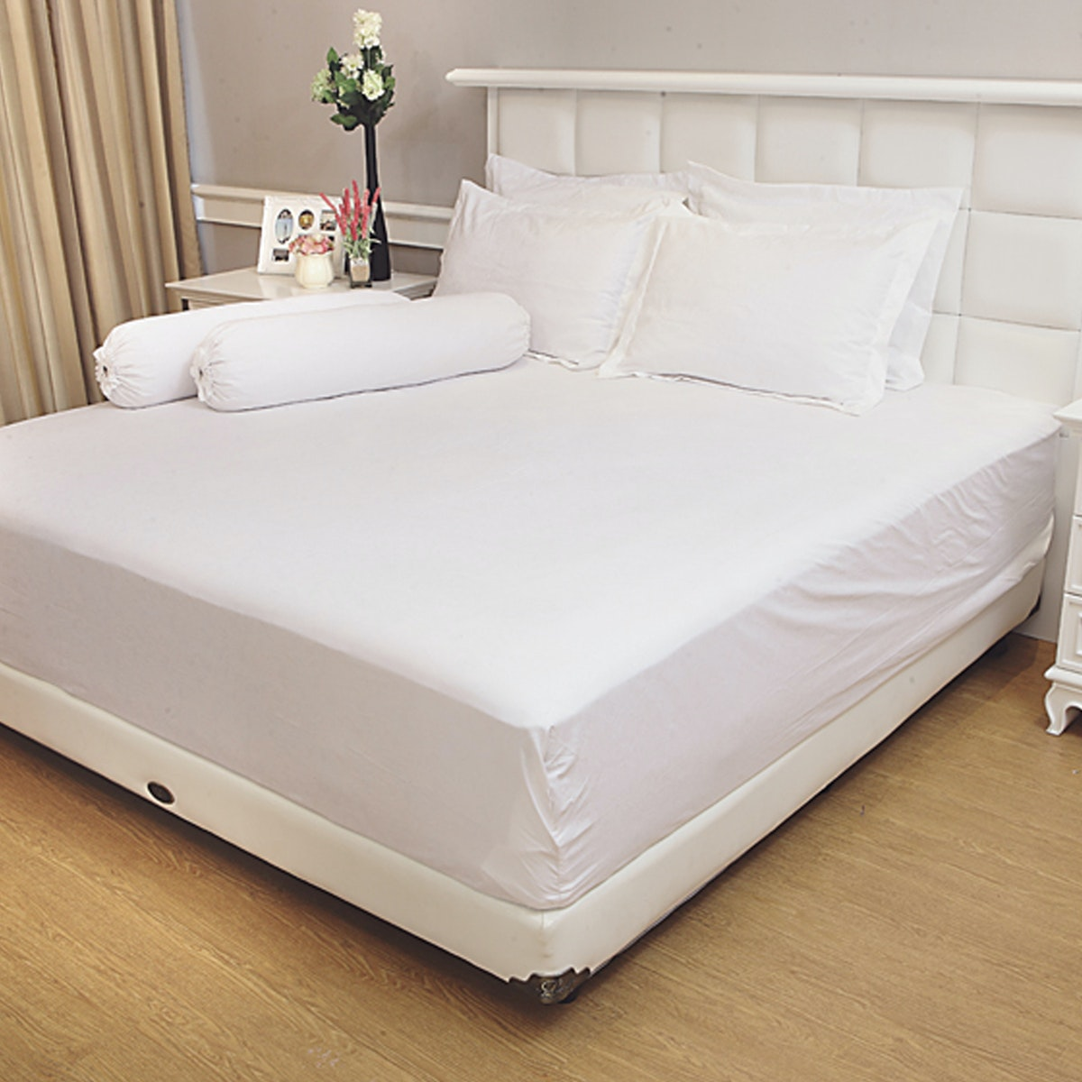 Vallery Quincy Set Sprei Jacquard - White 160x200x30cm