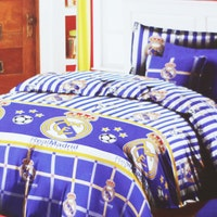 Star Sprei Motif Real Madrid 160x200x20