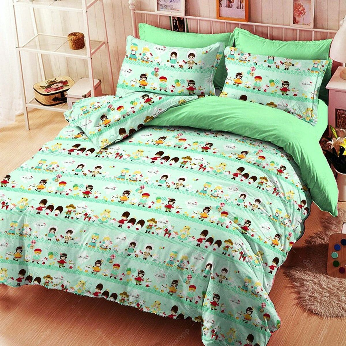 Yukero Sprei Motif Hello Kitty World Travel Hijau 160x200x20